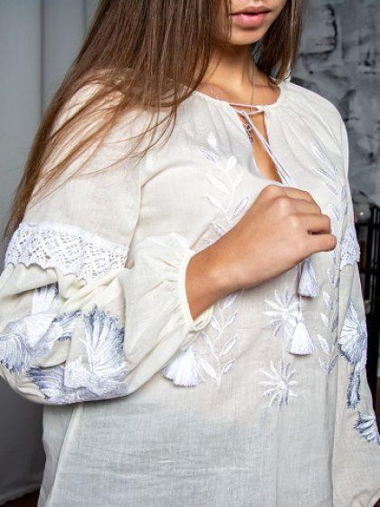 Блуза молочного кольору Птаха
