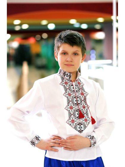 Сорочка вишивана українська