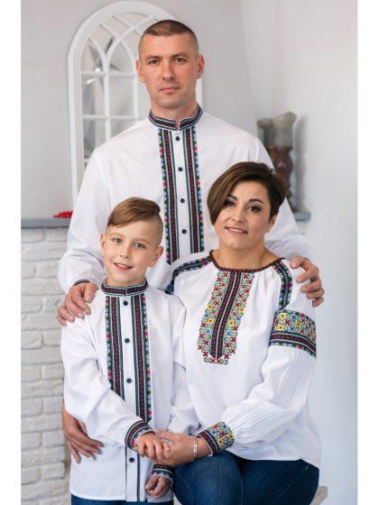 Вишиті сорочки в класичному стилі