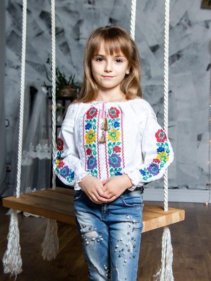 Яскрава вишиванка для дівчаток Розалія