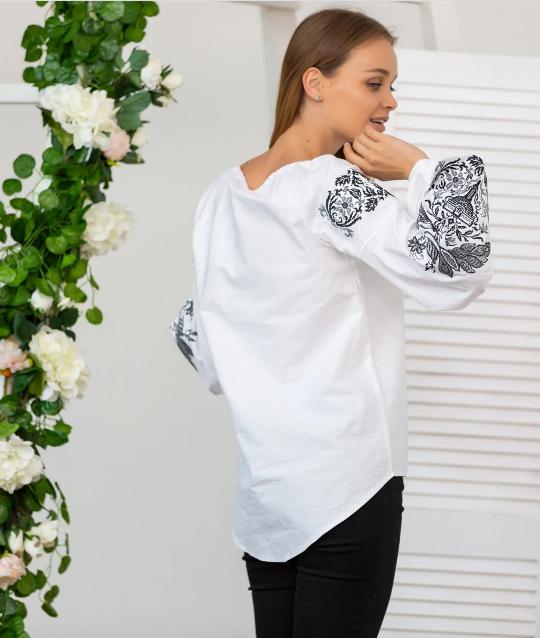 Вишивана блуза жар-птиця