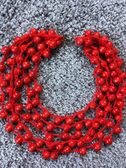 Буси-кольє червоні ручної роботи