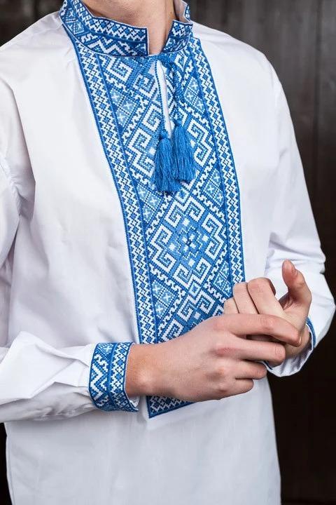 Сорочка класична з блакитною вишивкою