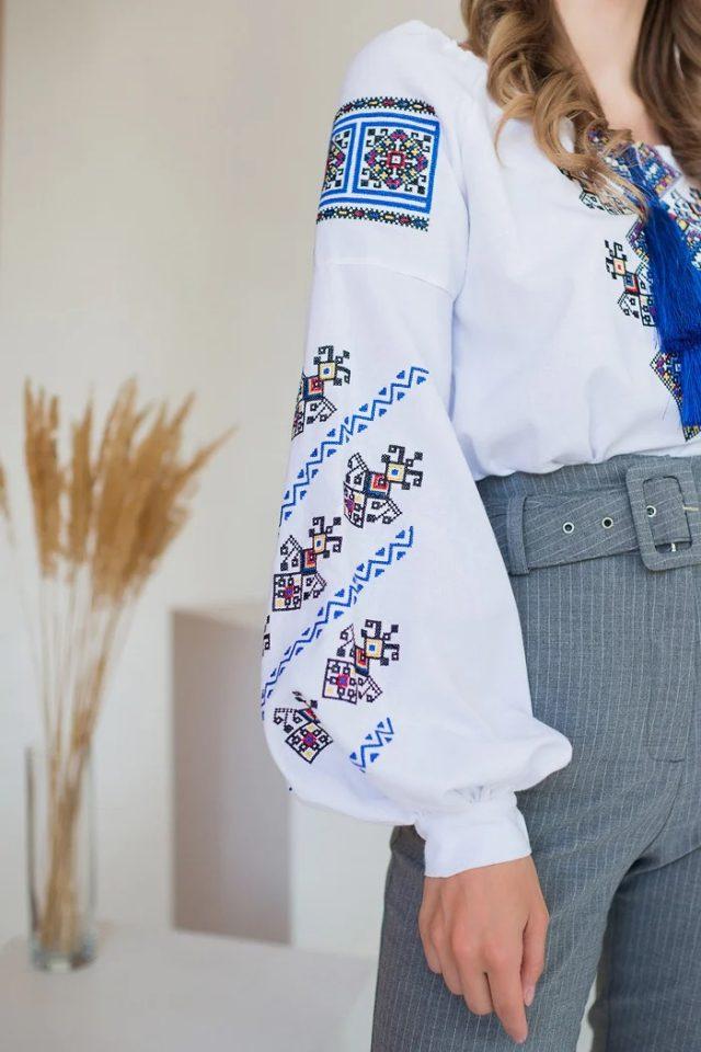 Етно блуза з вишивкою