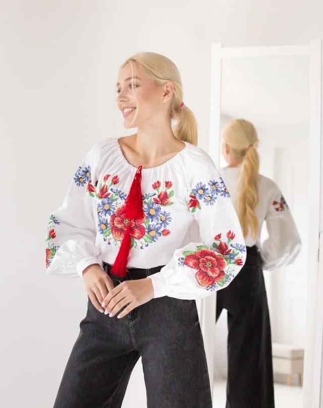 Вишивана блузка Мальва