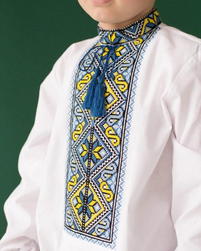 Сорочка-вишиванка для хлопчика з геометрією