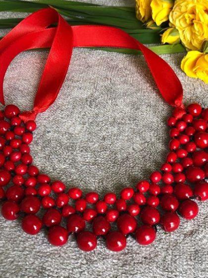 Намисто плетене яскраво червоне