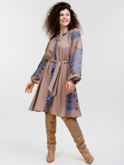 Сукня-вишиванка з геометрією кофейного кольору