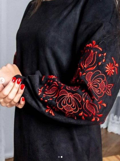 Сукня Скіфія чорна з червоним