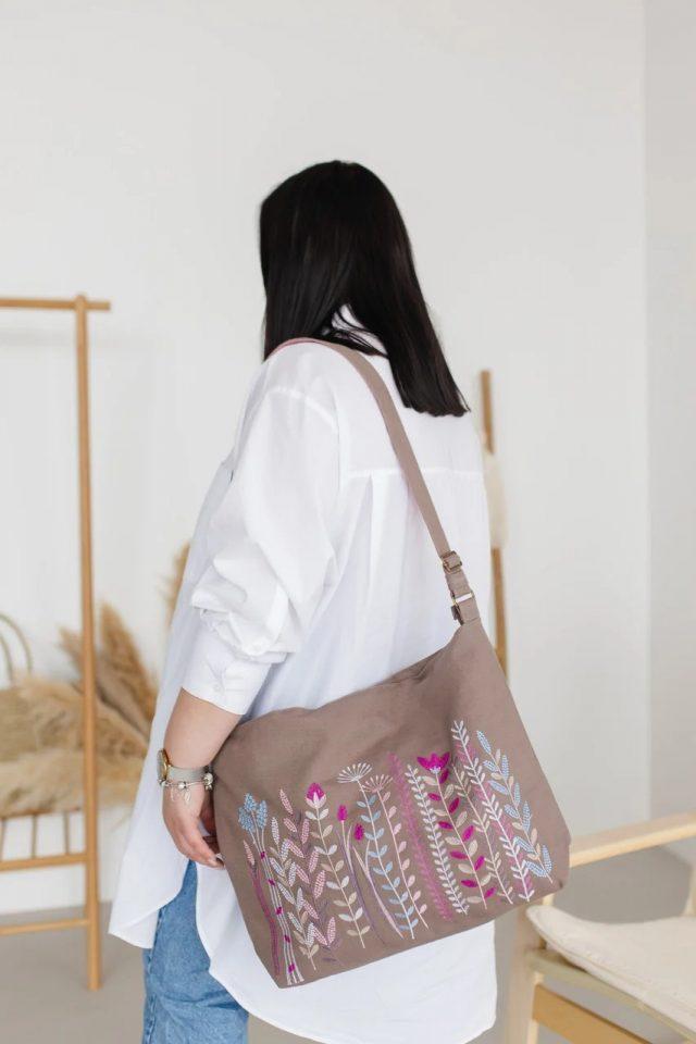 Лляна сумка з вишивкою Веселка