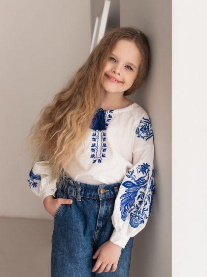 Блуза з блакитною вишивкою Жар-птиця