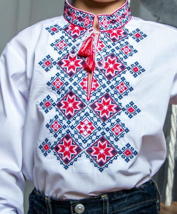 Вишиванка Марко біла з червоно-чорною вишивкою