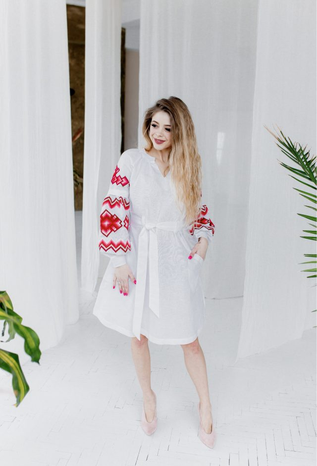 Сукня Христина біла з червоним